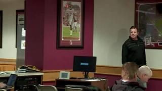 OU running back Joe Mixon holds press conference after video of Mixon punching women is released - Video