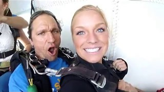 American Ladies' Skydiving Adventure in Australia - Video