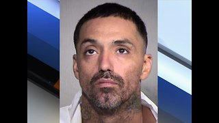PD: Man with 4 kids carjacks, stabs Tempe driver - ABC 15 Crime - Video