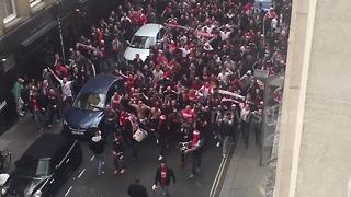 FC Cologne fans march through central London - Video
