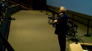 Mike Nelson hosts climate change discussion at Denver Museum of Nature & Science