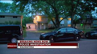 Wauwatosa families held hostage during armed robbery attempt - Video