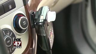 Senate approves car breathalyzer bill