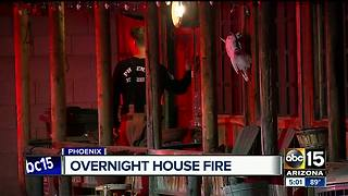 Crews respond to house fire in north Phoenix - Video