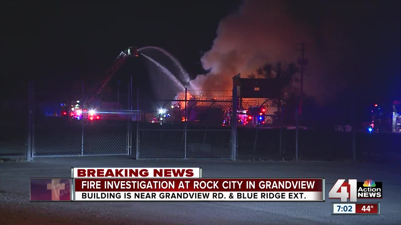 Crews battling fire at abandoned building off Blue Ridge