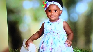 Baby girl drowns days before first swimming lesson - Video