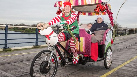 Riding home for christmas! Ex-squaddie melts hearts by giving rickshaw rides to OAP's