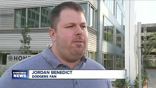 Man finds World Series tickets for $9 each - Video