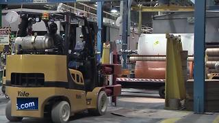 Jobs continue to leave Wisconsin as paper industry struggles - Video