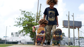 Although Very Young, These Brothers Are Already Skateboarding Superstars - Video
