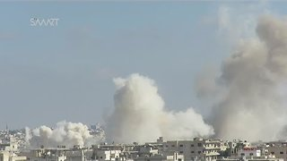 Over a Dozen Air Raids Reported in Rebel-Held Daraa City - Video
