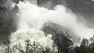 Barrage of Water Rushes Down Oroville Spillway as Authorities Continue Repairs - Video