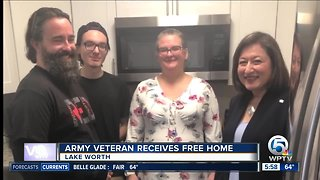 Veteran receives keys to new home in Lake Worth