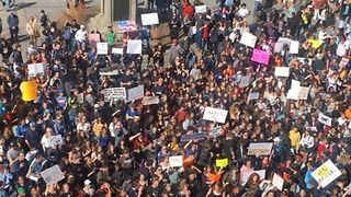 Students Chant 'We Won't Go' During Pro-Gun Control Rally at Colorado State Capitol - Video