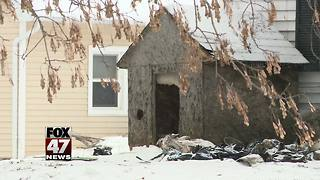 Approximately 30 animals killed in Eaton Rapids house fire - Video