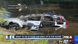 Surviving a vehicle crash into water - Video