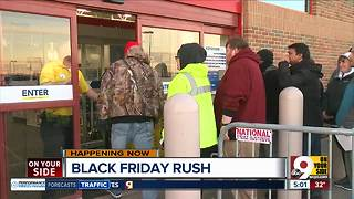 Early morning shoppers take advantage of deals at Liberty Center - Video