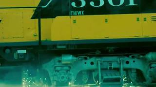 Federal Railroad Administration offers graphic warning to cars on tracks - Video