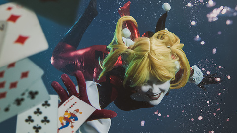 Underwater Cosplay Photography Creates Surreal Worlds: MAKING MAD