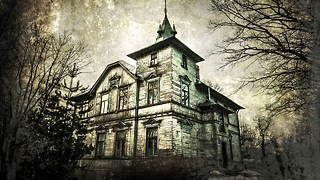 10 Creepy Abandoned Places