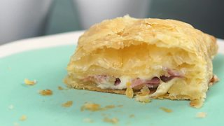 Delcious recipes: Grown-Up Hot Pockets - Video