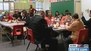 Metro students learn Etiquette and social skills in  dinner - Video