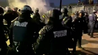Trump Supporters Clash with Metropolitan DC Police at US Capitol