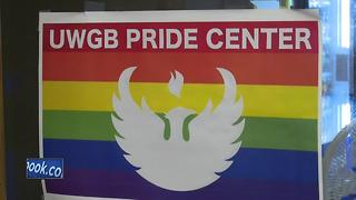 Candlelight vigil in Green Bay remembers victims of Pulse Nightclub shooting - Video