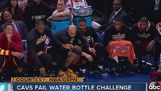 LeBron fails water bottle flip challenge during game - Video