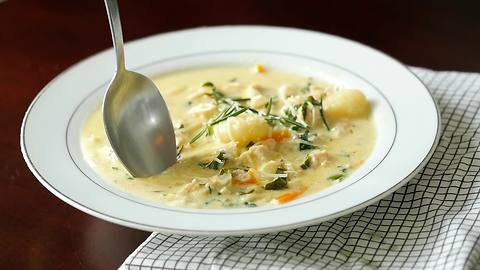 How to make chicken gnocchi soup