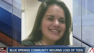 Blue Springs community mourns loss of teen - Video