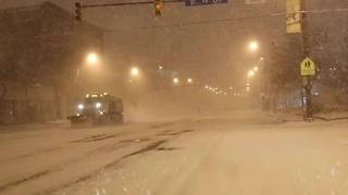 Snow slams downtown Cleveland - Video