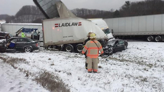 TRAFFIC BLOG: Winter weather causes crashes in Northeast Ohio - Video