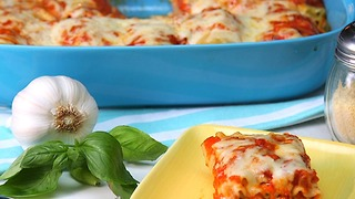 Pizza Lasagna Rolls - Video