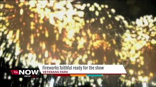Families prepare for Veterans Park fireworks - Video