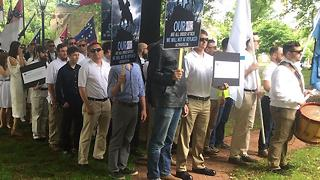 'KKK-Style' Rally To Oppose Tearing Down Of Statue - Video