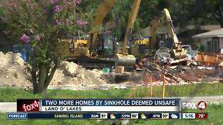 2 more homes condemned due to Florida sinkhole - Video