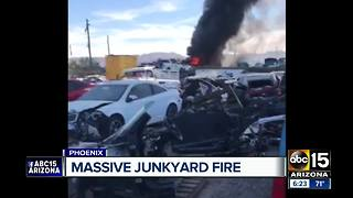 Massive junkyard fire sparked in south Phoenix Monday - Video