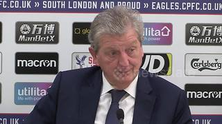 Roy Hodgson furious with Christian Benteke after Crystal Palace miss last minute penalty - Video