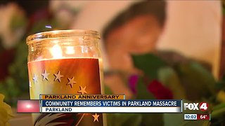 Parkland community holds vigil to remember victims