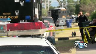 South side barricade situation ends peacefully - Video