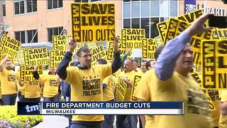 Firefighters put heat on Mayor Barrett to stop 6 station closures - Video
