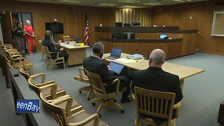Man accused in a 27 year old murder case appears in court - Video