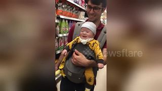 Baby In South Korean Supermarket Laughs Hysterically During A Game Of Peekaboo
