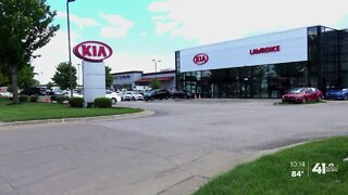 Former employee: Lawrence Kia altered car loan applications