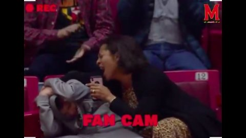 Check Out This Mom Rocking Out to Kelly Clarkson, Fully Embarrassing Son at Basketball Game