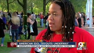 Do you have what it takes? American Idol auditions. - Video