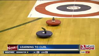 Learning to Curl in the classroom - Video