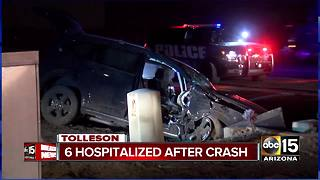 2 adults, 4 kids hurt in Tolleson crash