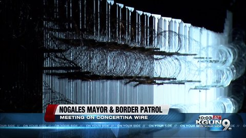 Mayor of Nogales on border wire